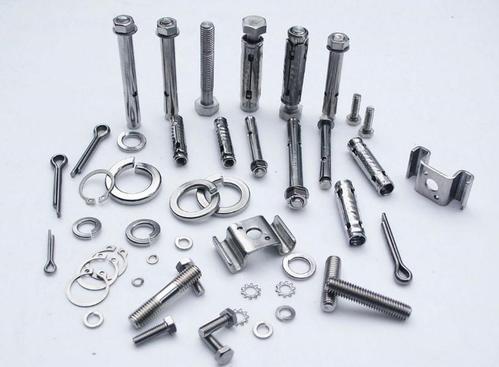 不锈钢螺丝使用不锈钢钝化液盐雾测试能力可提高几十倍,