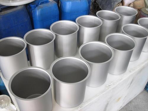 不锈钢酸洗钝化液处理是一种不锈钢表面处理方式